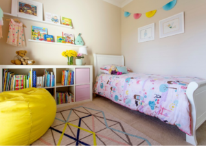 organise kids bedroom