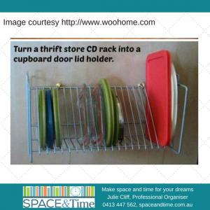 Tupperware lids upright